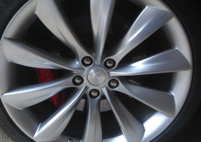 Image of a repaired Tesla alloy wheel
